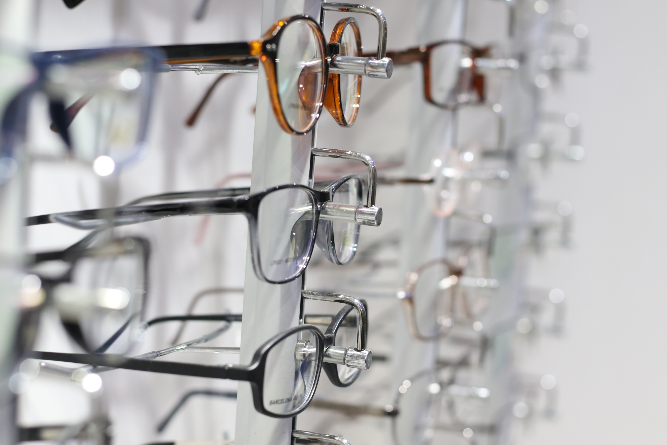 Looking for Wholesale Eyewear in Australia & New Zealand? Find Here at Asia Contacts 1