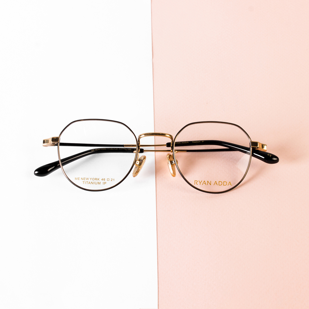 A Checklist to Consider Before Buying Eyeglasses