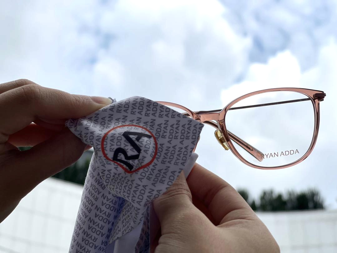 3 EASIEST WAYS TO CARE FOR YOUR EYEWEAR  — FOR A LONGER LIFE SPAN